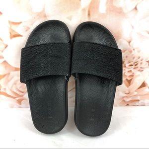 Bebe slippers shimmer black size medium 13/1